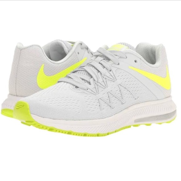 low priced cd3fc 8311a Women's Nike Zoom Winflo 3 Running Sneaker• 6.5